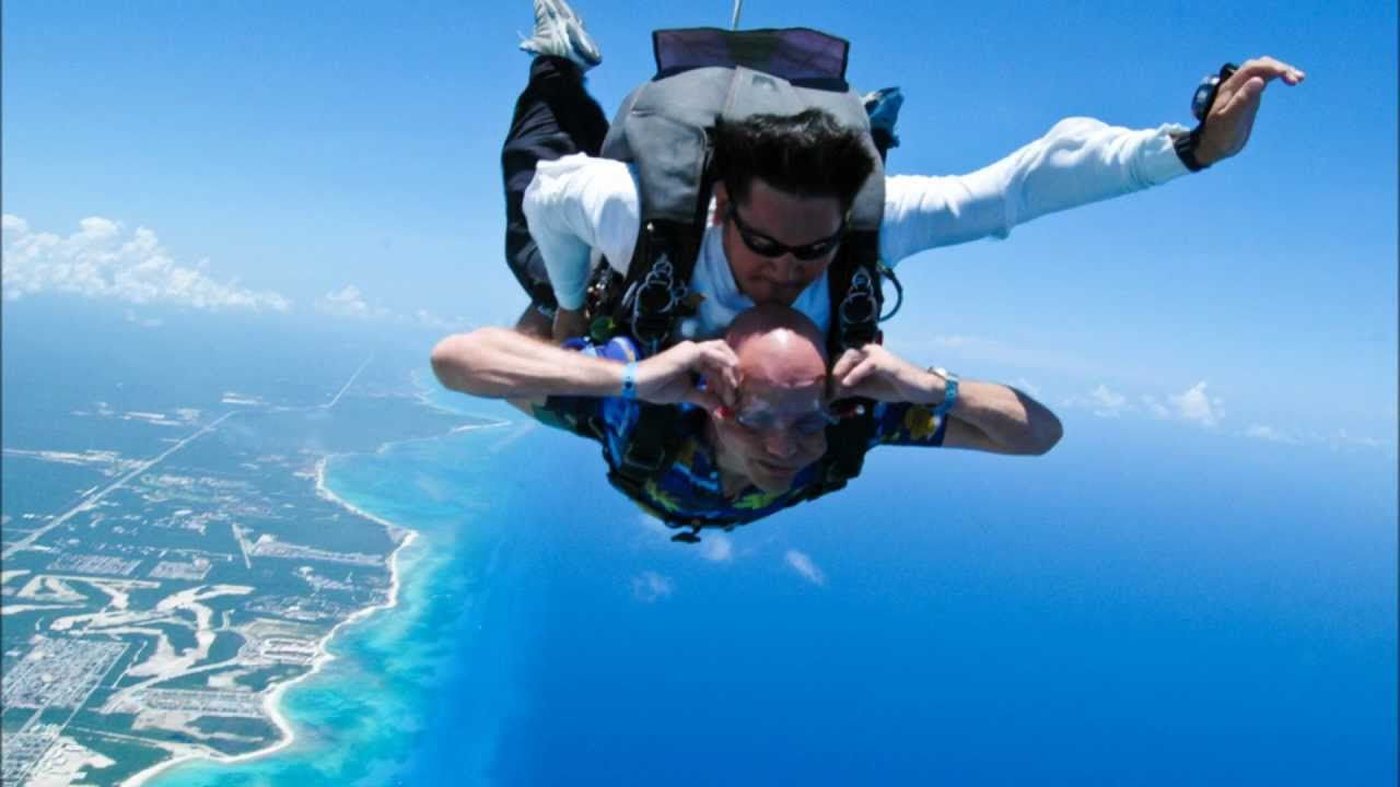 A Perfect activity for Adrenaline Junkies- Skydive in Playa!