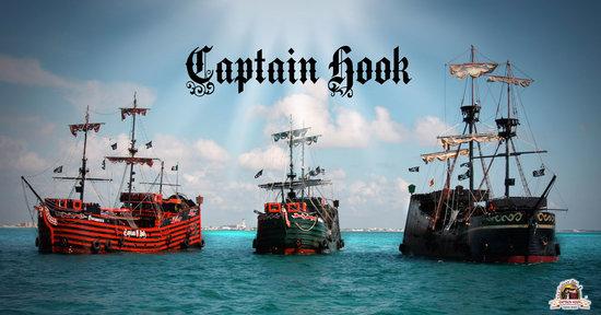 barco-pirates-night